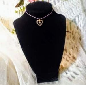 Choker necklace with vintage gold heart pendant